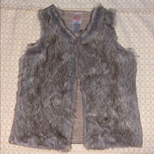 Wonder Nation Faux Fur Vest